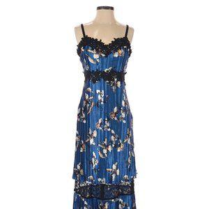 NEW Foxiedox Blue Floral Dress Size 4